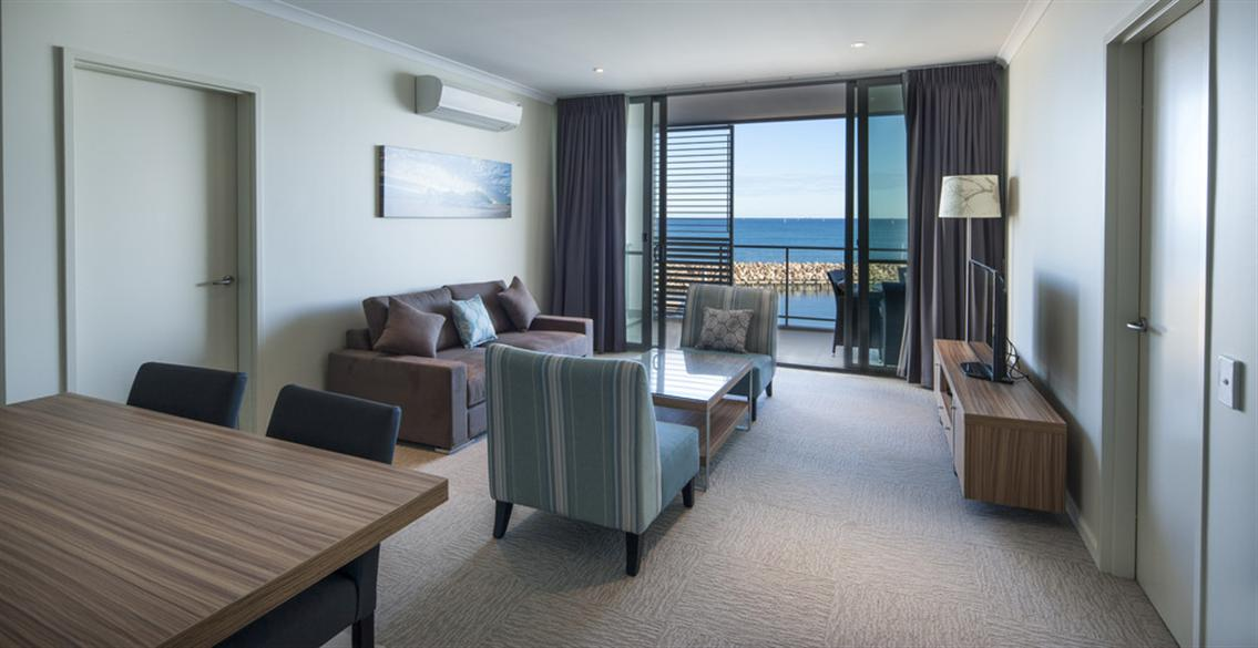 The Mantra offers gorgeous harbour views