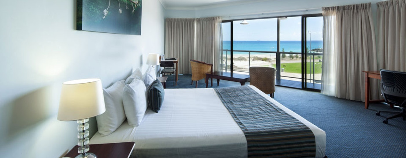 Room with a beach view at the Ocean Centre Hotel Geraldton