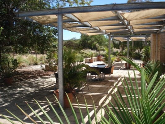 Central Greenough Historic - Cafe Alfresco area